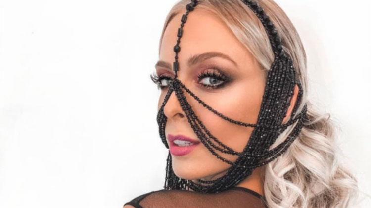 O adorno lembrava uma espécie de máscara que servia para torturar os escravos - Foto: Reprodução | Instagram