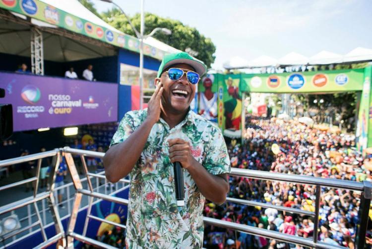 Cantor irá se vestir de Ivete grávida na sexta de Carnaval - Foto: Filipe Rodrigues   Divulgação