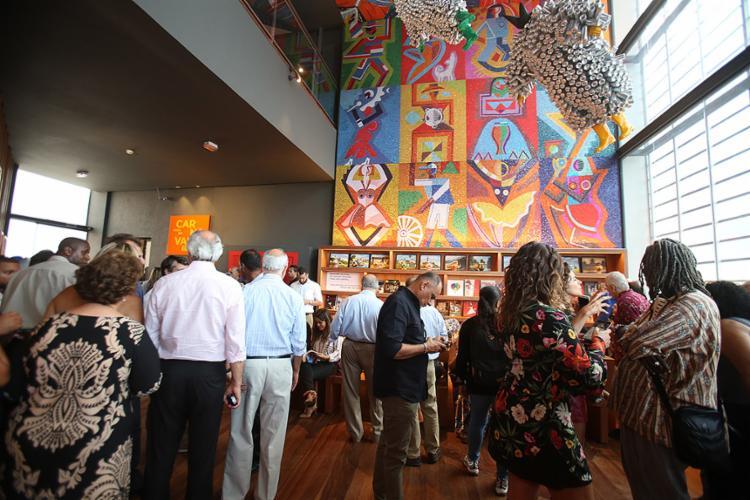 Convidados e autoridades conheceram instalações - Foto: Joá Souza/ Ag. A TARDE