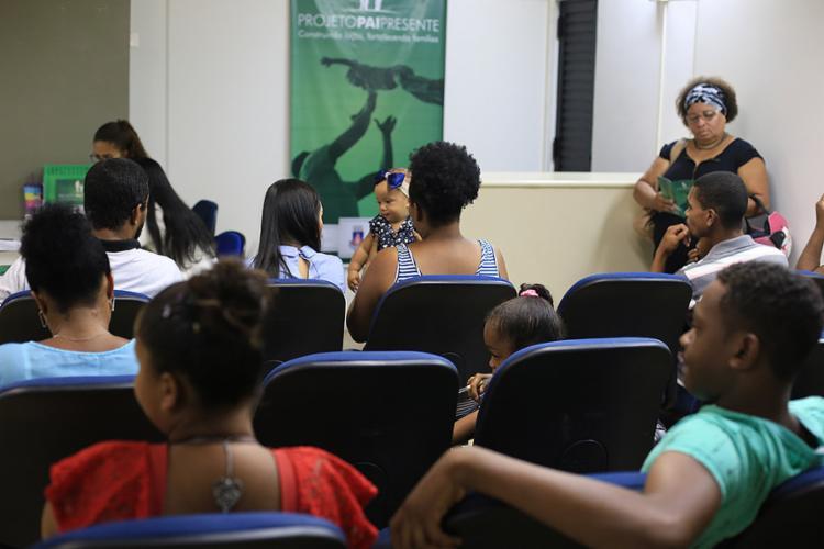 Interessados compareceram ao Centro Judiciário de Solução Consensual de Conflitos (Cejusc), no bairro de Nazaré - Foto: Raul Spinassé l Ag. A TARDE