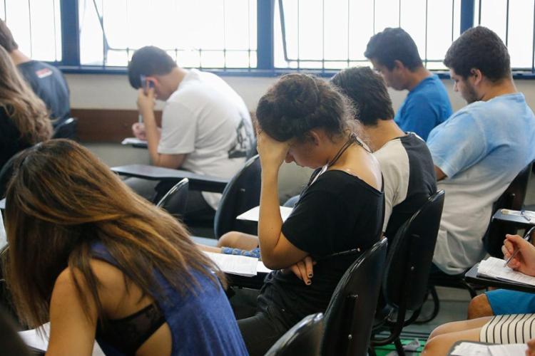 Este ano os candidatos terão 30 minutos a mais no Enem - Foto: Marcos Santos | USP Imagens | Divulgação