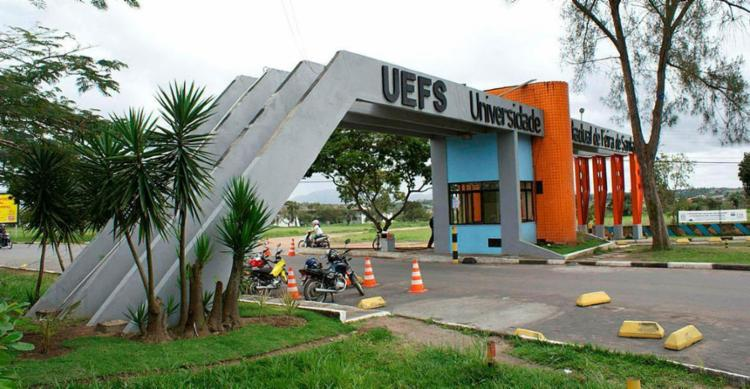 As matrículas dos candidatos aprovados devem ser efetivadas de 2 a 8 de março - Foto: Uefs   Divulgação