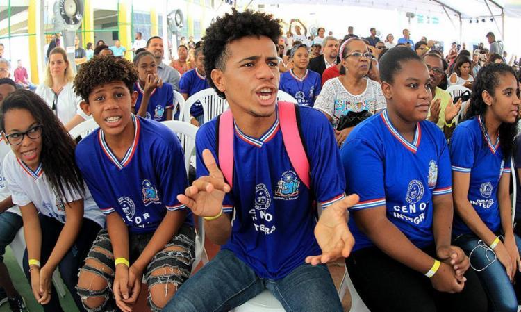 Alunos do Colégio Estadual Norma Ribeiro em evento - Foto: Carol Garcia l Gov-BA