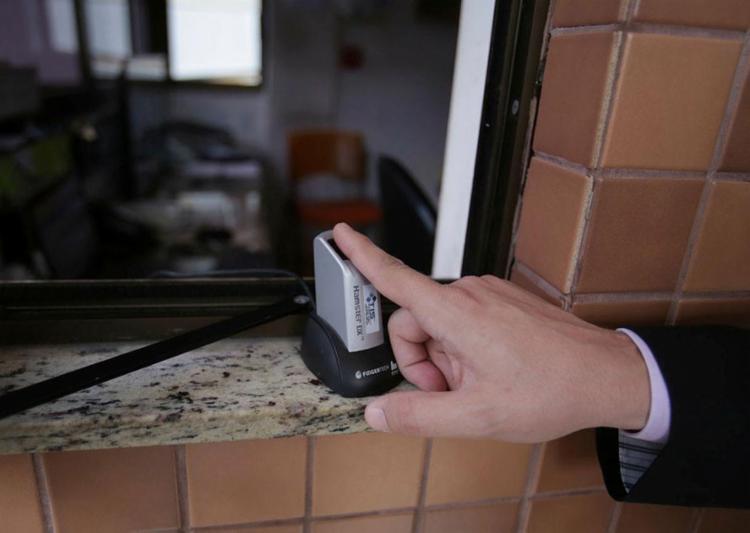 Portaria virtual e biometria estão entre as novas ferramentas de proteção - Foto: Raul Spinassé | Ag. A TARDE