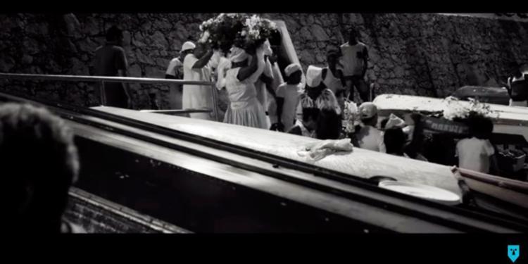 Clipe reúne cenas captadas em festejos populares, com destaque para o dia de Iemanjá - Foto: Reprodução   YouTube