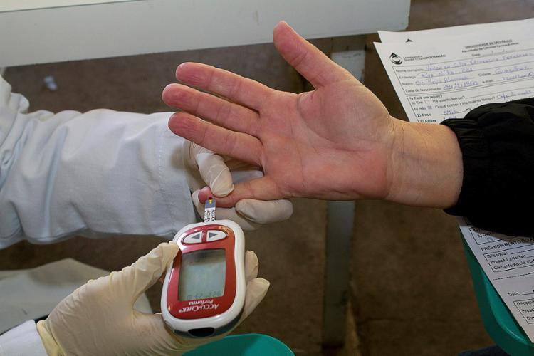 Metade dos diabéticos não sabe que tem a doença - Foto: Marcos Santos l USP Imagens l 23.10.2014