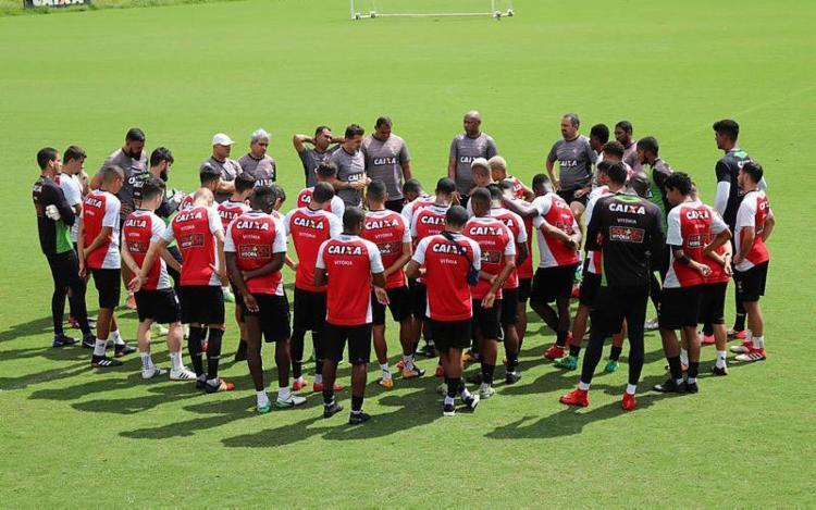 Mancini minimizou jornada de dois jogos em quatro dias - Foto: Maurício da Matta | Divulgação | ECVitória