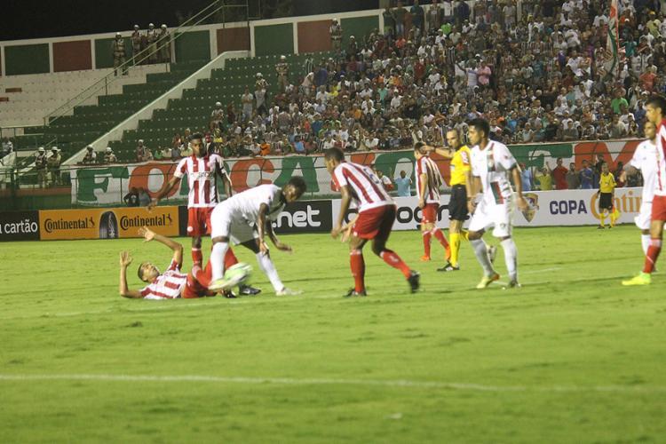 Equipe feirense perdeu muitas chances de gol contra o Timbu - Foto: Gleidson Santos l Flu de Feira