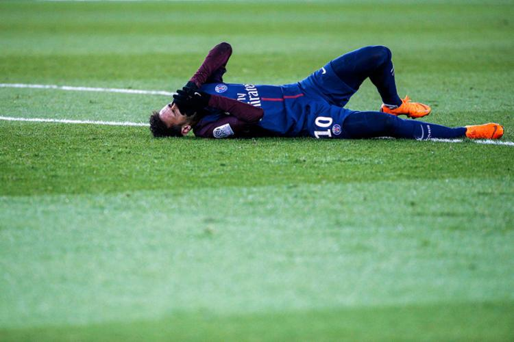 Craque brasileiro pode ficar fora de ação até maio - Foto: Geoffroy Van Der Hasselt   AFP