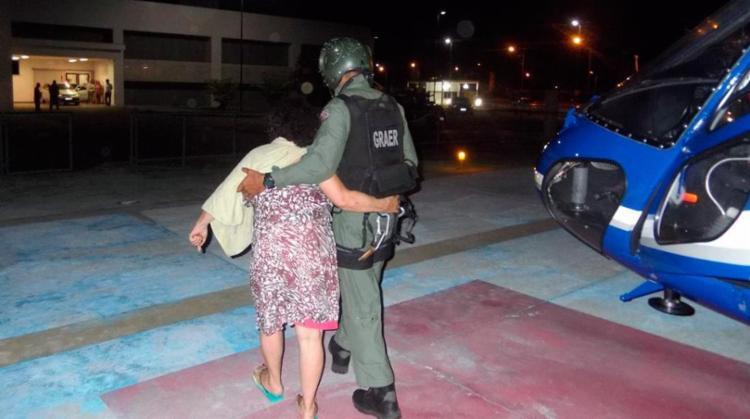 Vítima foi encaminhada pelos policiais para o Hospital do Subúrbio - Foto: Divulgação | SSP