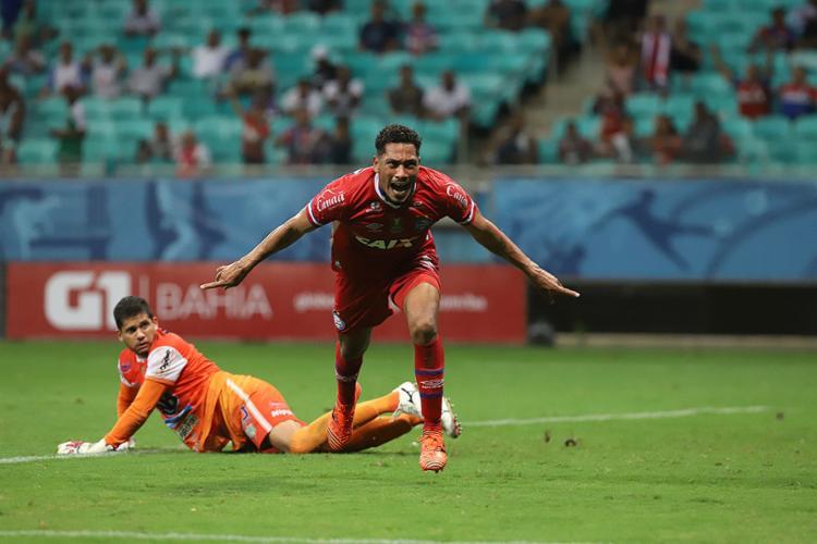 Hernane marcou 31 gols em seus 71 jogos com a camisa do Esquadrão - Foto: Adilton Venegeroles l Ag. A TARDE