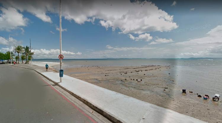Rapaz se afogou na praia da rua da Penha - Foto: Reprodução | Google Street View