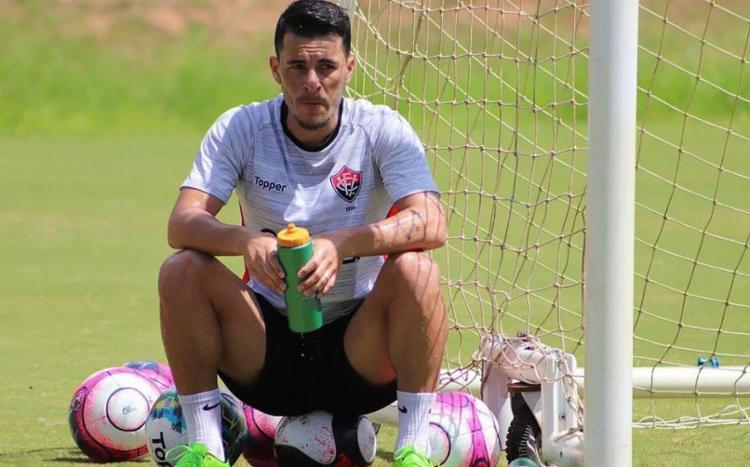 Belusso não jogou contra o Bahia de Feira por pendências com documentação - Foto: Maurícia da Matta l EC Vitória