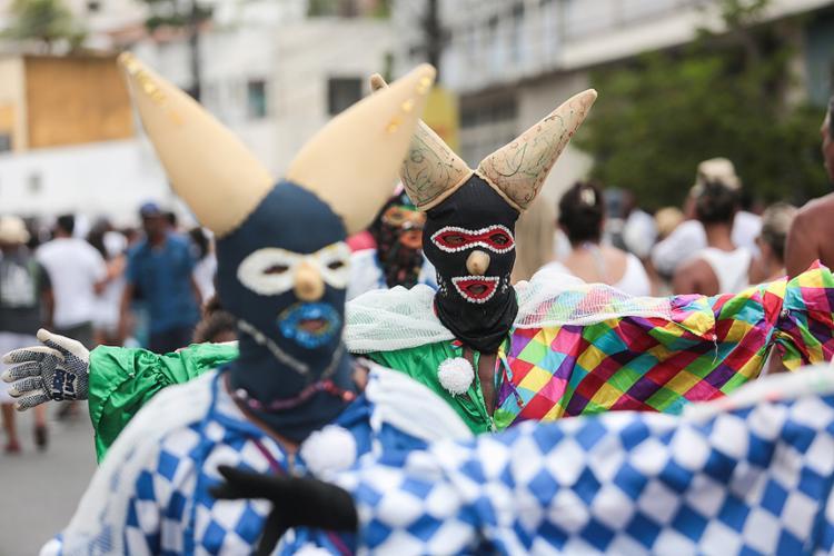 Os Mascarados de Maragojipe estão na programação - Foto: Raul Spinassé l Ag. A TARDE