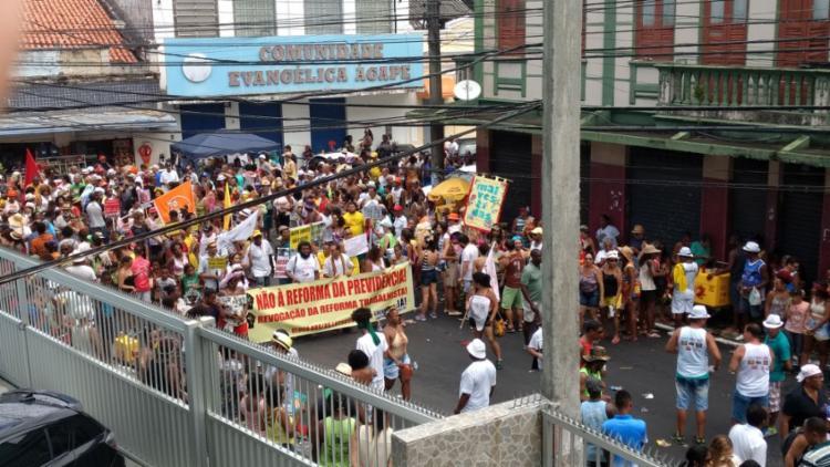Foliões protestaram contra a reforma da Previdência - Foto: Yuri Silva | Ag. A TARDE