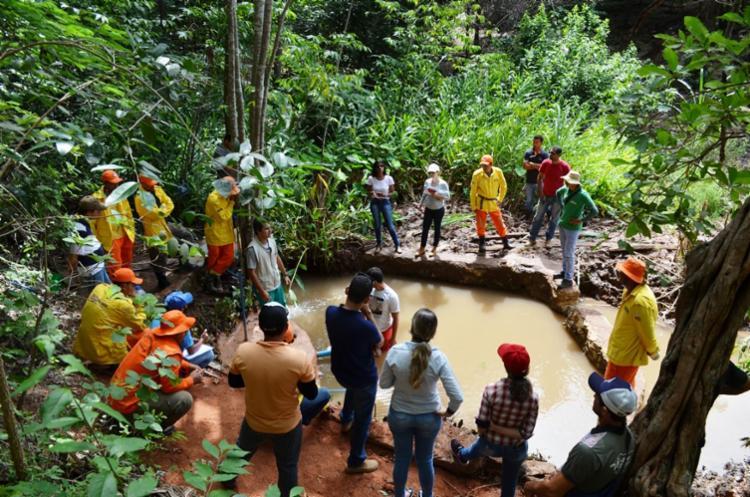 O acordo para a recuperação da primeira nascente do Rio São Desidério foi iniciado no povoado de Jataí - Foto: Divulgação