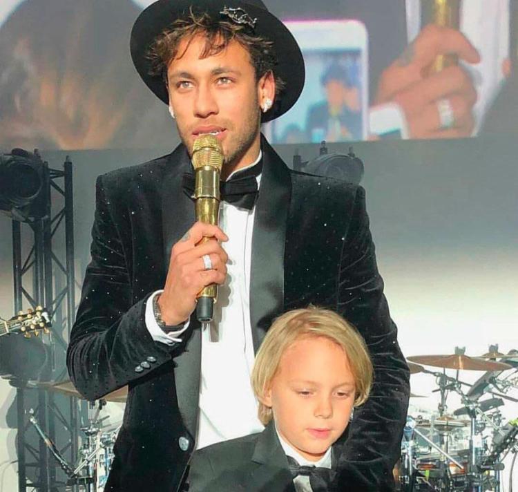 Neymar e o filho Davi Lucca na festa de aniversário - Foto: Reprodução | Instagram