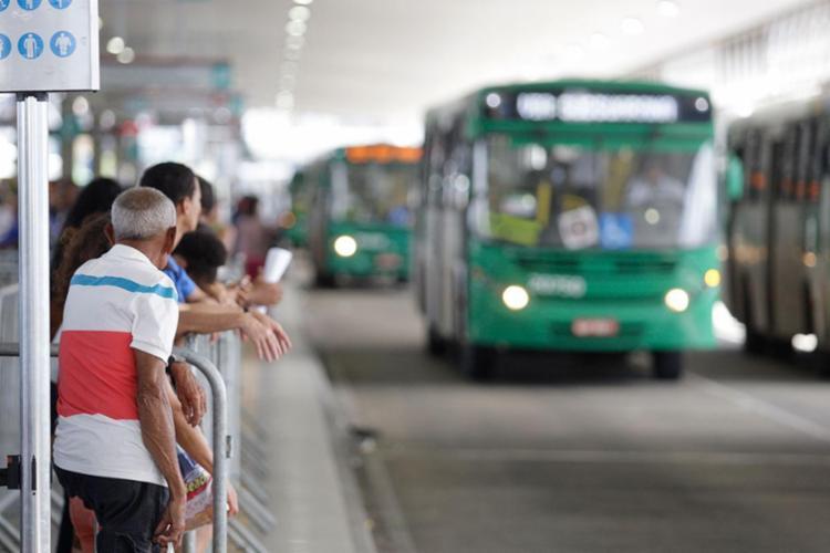 Empresas de transporte alegam prejuízo de R$ 280 milhões - Foto: Raul Spinassé | Ag. A TARDE