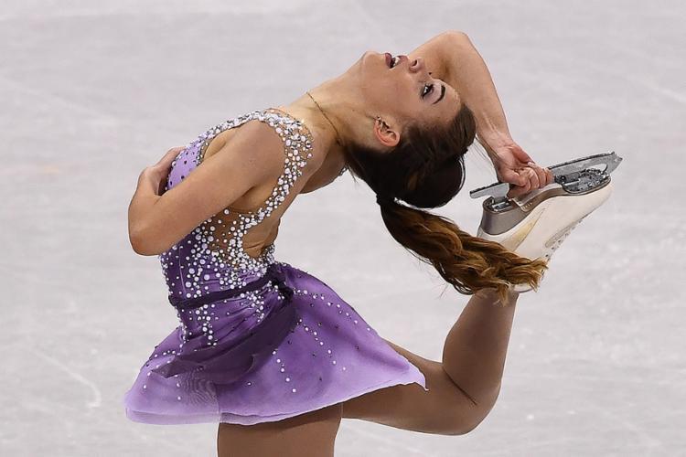 Brasileira teve a nota 55.74 e se classificou para o programa longo em Pyeongchang, na Coreia do Sul - Foto: Aris Messinis l AFP