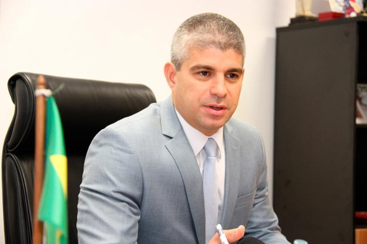 Titular da SSP teve sua gestão criticada pelo prefeito ACM Neto - Foto: Alberto Maraux | SSP