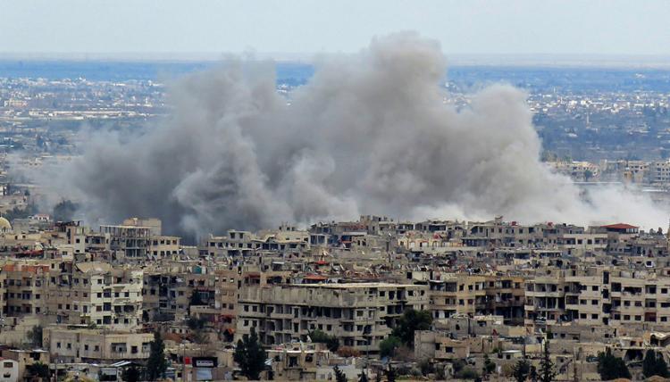 Mais de 500 pessoas já morreram no nordeste da Síria ao longo de oito dias de violência intensa na região - Foto: Stringer l AFP Photo