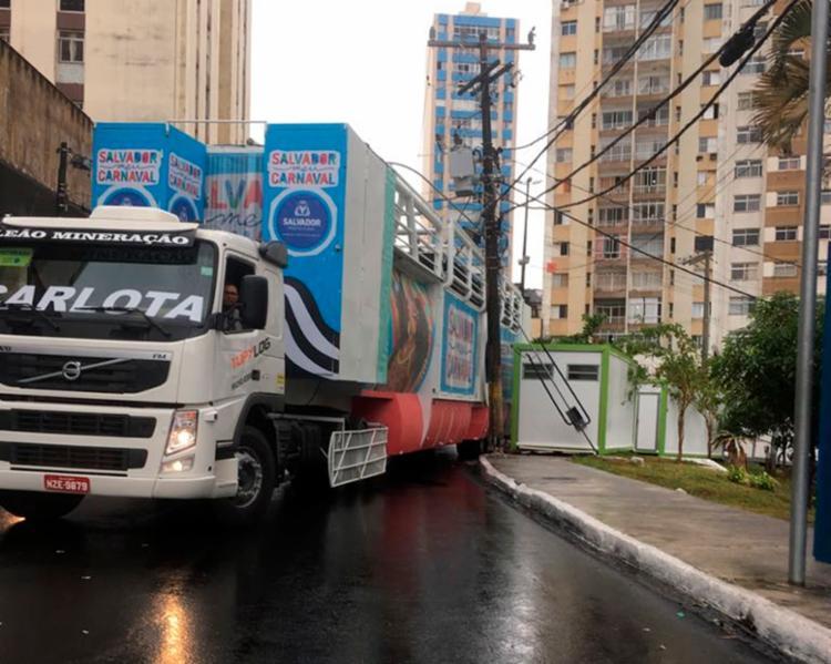 O acidente derrubou uma parte da fiação da rede - Foto: João Xavier | Cidadão Repórter | Via Whatsapp