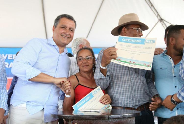 Mais de oito mil moradores de Coribe passam a ter água tratada