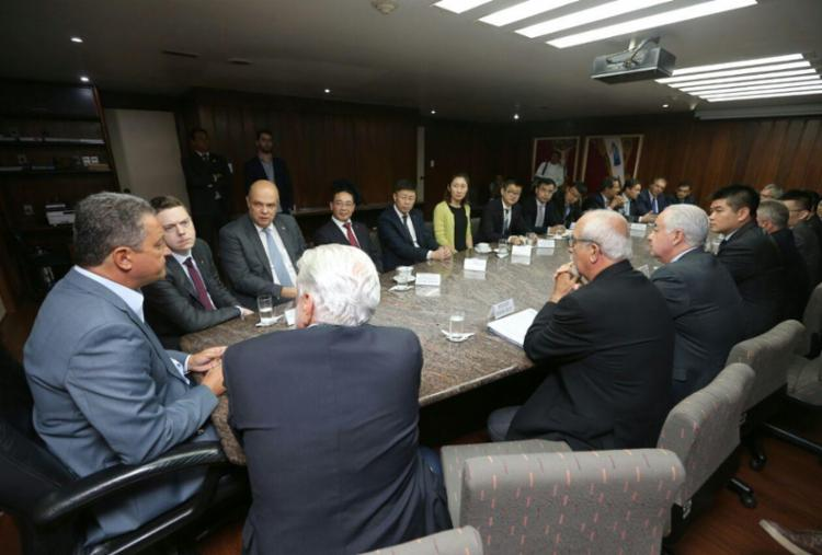 Bahia Mineração e empresas chinesas assinam acordo para viabilizar Porto Sul