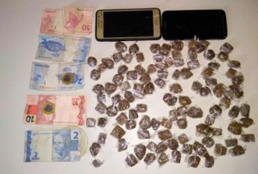 Adolescente é apreendido com 115 trouxas de maconha | Divulgação | Polícia Civil