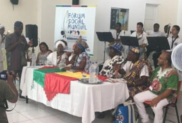 Comunidade escolar de Cachoeira recepciona reis do Benin