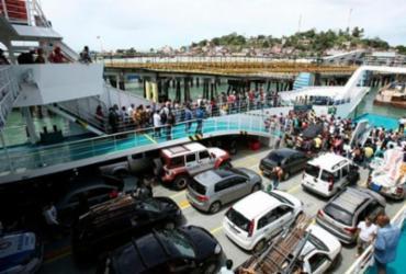 Tempo de espera em fila do ferry chega a 3 horas | Joá Souza | Ag. A TARDE | 05.09.2017