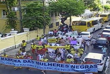 Marcha das Mulheres Negras congestiona trânsito no Campo Grande