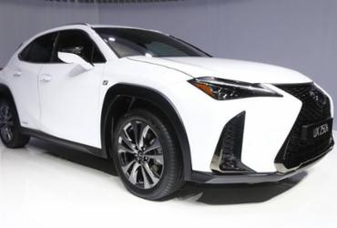 Lexus mostra SUV compacto UX em Genebra   Divulgação
