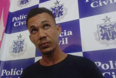 Jovem que esfaqueou companheira 17 vezes premeditou crime, diz delegada | Andrezza Moura l Ag. A TARDE