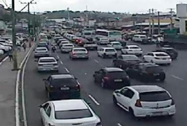 Motoristas enfrentam lentidão na Cidade Baixa e avenida Paralela | Divulgação | Transalvador