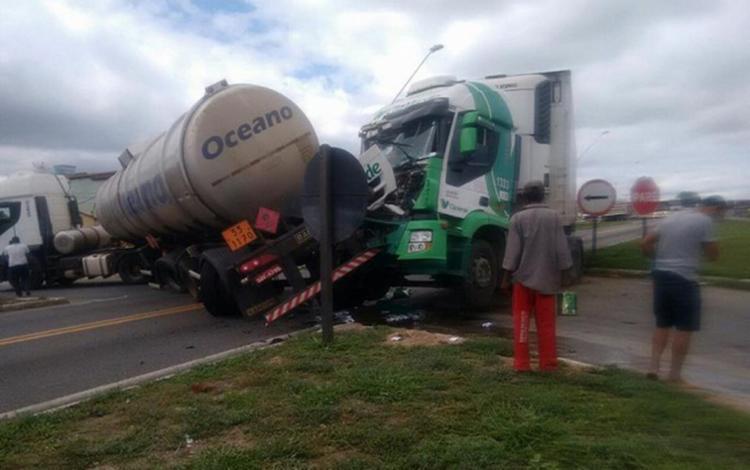 Ainda não se sabe o que poderia ter causado a colisão - Foto: Reprodução | Blog Marcos Frahm