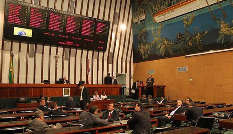 Com a migração, o PSD soma 9 deputados estaduais e fica atrás do PT, que possui 12 parlamentares na Casa - Foto: Eduardo Martins l Ag. A TARDE l 3.08.2015