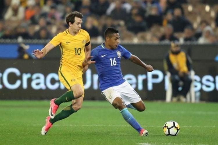 Alex Sandro foi convocado para os amistosos da seleção brasileira contra Rússia e Alemanha - Foto: Lucas Figueiredo | CBF