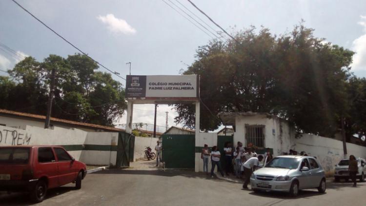 Arrastão aconteceu no Colégio Municipal Padre Luiz Palmeira - Foto: Reprodução | Simões Filho Online