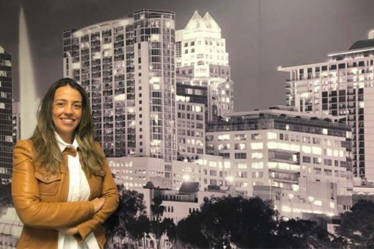 A brasileira Ana Carolina Teixeira, dona de empresa na Flórida - Foto: Acervo Pessoal