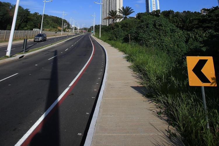 Recém-inaugurada, a avenida Mário Sérgio vai ganhar empreendimento com 700 unidades - Foto: Adilton Venegeroles l Ag. A TARDE