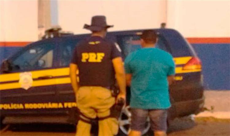 Foragido foi encontrado e preso na BR-110 - Foto: Divulgação | PRF