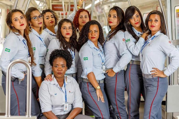 Protagonistas da exposição são as próprias funcionárias do sistema ferroviário - Foto: Divulgação | CCR Metrô Bahia