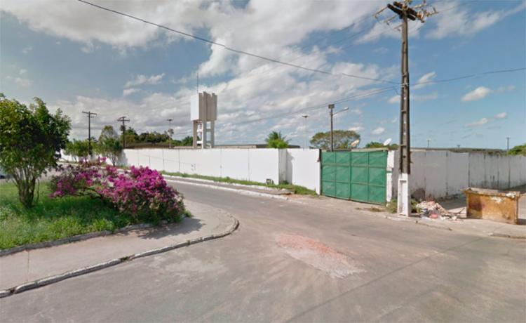 Garotos invadiram a escola Reitor Miguel Calmon - Foto: Reprodução | Google Maps