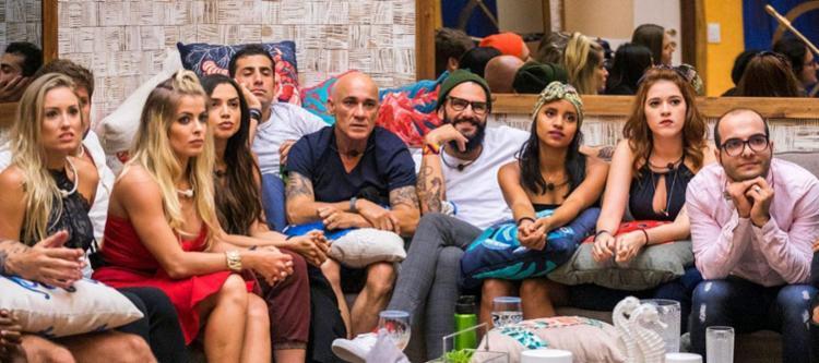 Tiago Leifert anunciará nesta quinta-feira, 1º, os brothers que irão para do paredão falso - Foto: Divulgação | TV Globo