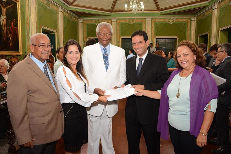 Integrantes da Comissão Especial de Revisão encaminharam o Projeto de Emenda à Lei Orgânica do Município - Foto: Antonio Queirós l Câmara de Salvador