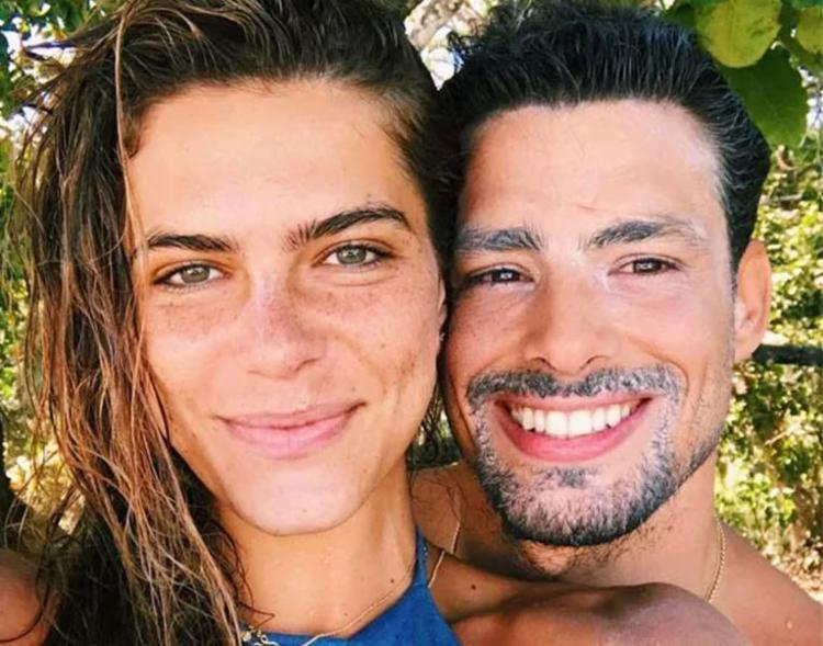 Após término, Cauã Reymond e Mariana Goldfarb são flagrados juntos