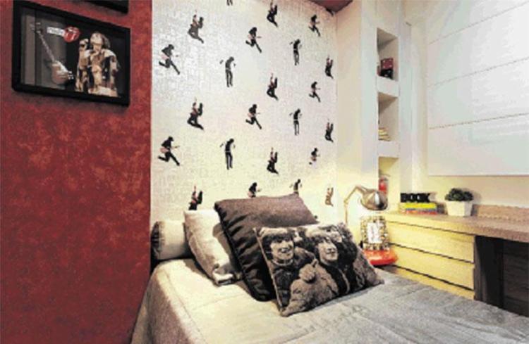 A música também aparece na decoração do quarto - Foto: Osvaldo Castro | Divulgação