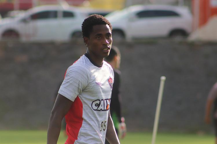 Autor de sete gols em 2018, Denílson será titular nesta terça-feira, 27 - Foto: Maurícia da Matta l EC Vitória
