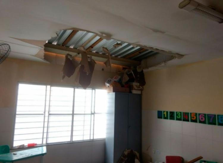 Segundo diretora, estrutura do prédio já apresentava problemas - Foto: Paulo José   Acorda Cidade